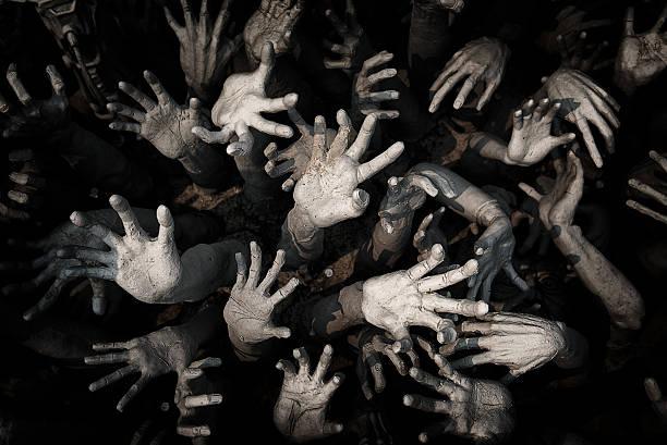 banyak tangan dibuka